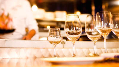 chef-tasting-wine-dinner-at-flying-fish-cafe-00-full